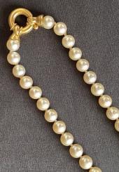 Collier de 47 perles de culture, fermoir en or jaune 18 k