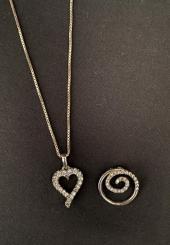 Lot comprenant une chaînette et un pendentif coeur en argent 925 millièmes